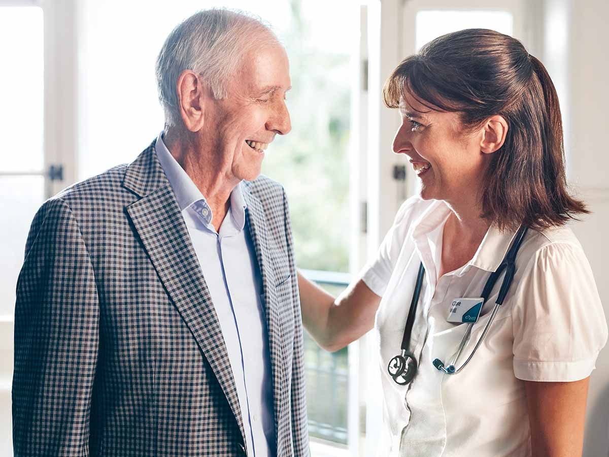 Aveo Corporate_Care_Resident greeted by health planner_aged-care_sally_180817_1200x900.jpg