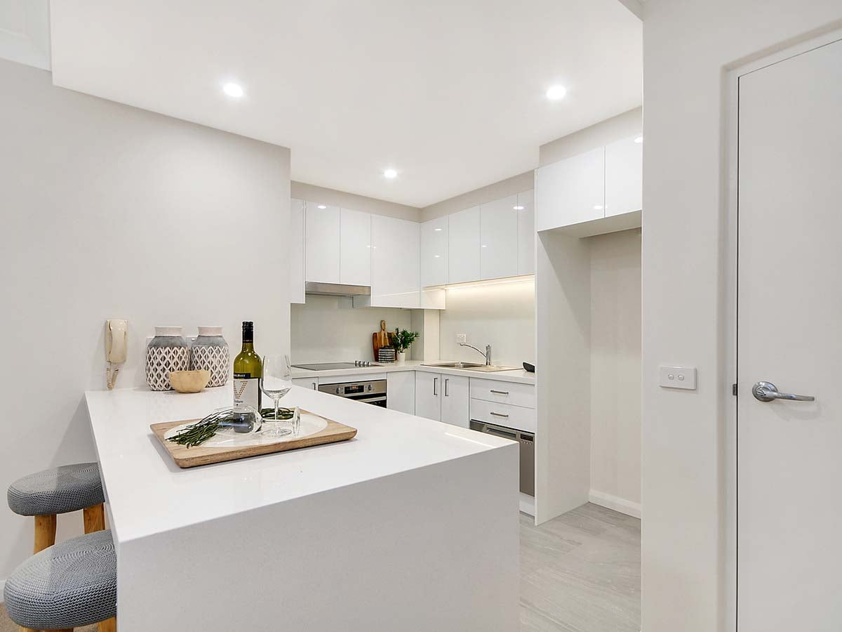 Easily entertain family and friends in a beautiful kitchen