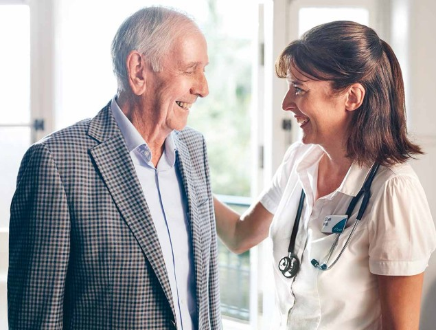 Aveo Corporate Care Resident greeted by health planner aged care sally 180817 1200x900 TEST