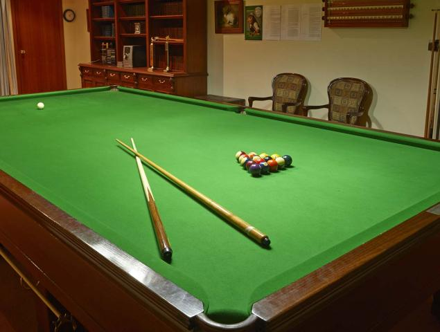 Aveo Cherry Tree Grove Billiards table