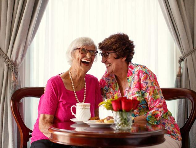 aveo aged care respite two pink ladies 1200x900